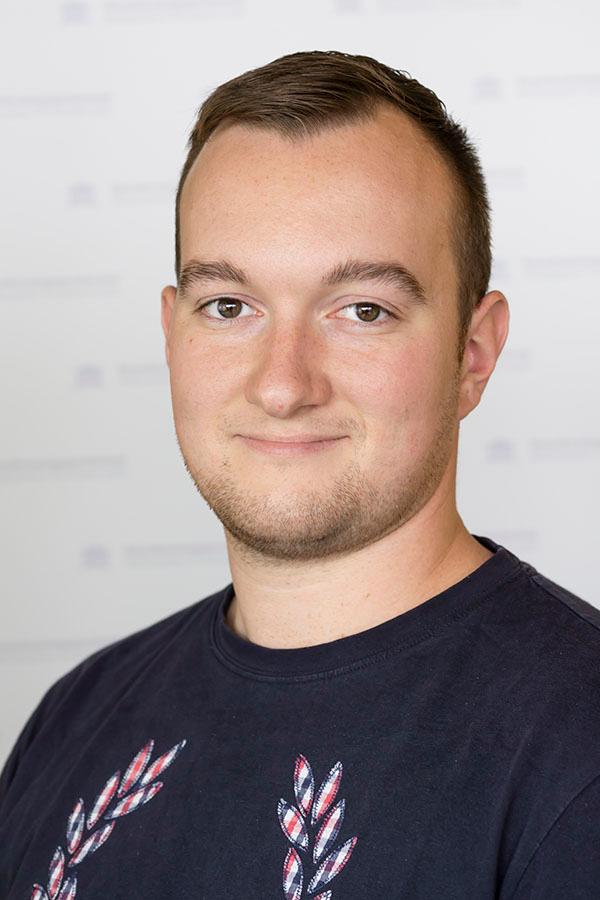 Fabian Dölves